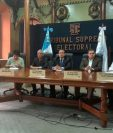 El pleno de magistrados del TSE oficializó la elección de Jimmy Morales y Jafeth Cabrera como Presidente y Vicepresidente electos. (Foto Prensa Libre: Esbín García)