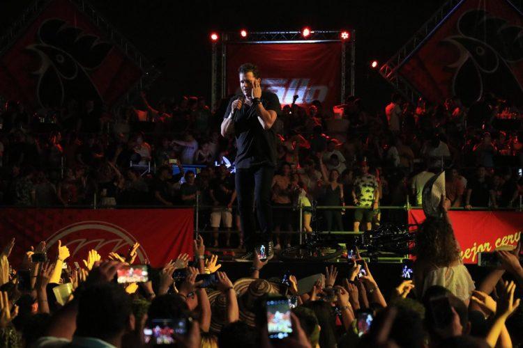 Carlos Vives ofreció un repertorio con sus éxitos.