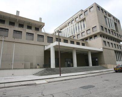 Edificio central del Ministerio Público, en el barrio Gerona, zona 1. (Foto Prensa Libre: Hemeroteca)