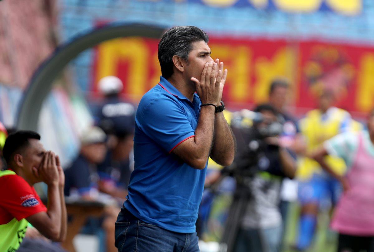 Mauricio Solís es sub entrenador de Municipal. (Foto Prensa Libre: Carlos Vicente)