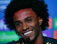 Willian, jugador de Brasil, durante la conferencia de prensa de este miércoles. (Foto Prensa Libre: AFP)