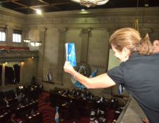 El artículo 6 del paquete de reformas constitucionales fue aprobado este miércoles en una accidentada sesión plenaria. (Foto Prensa Libre: José Castro)