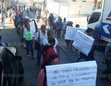 Protesta de pobladores en Coatepeque, Quetzaltenango. (Foto Prensa Libre: Alexánder Coyoy).