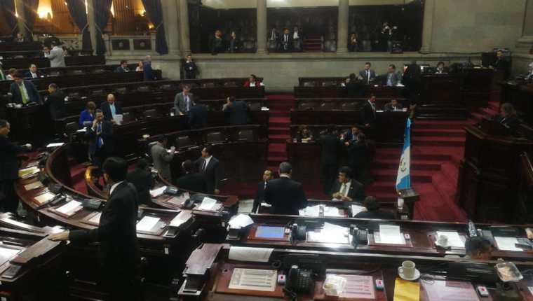 El pleno del Congreso avanzó en la aprobación del proyecto de presupuesto 2019. (Foto Prensa Libre: Erick Ávila)