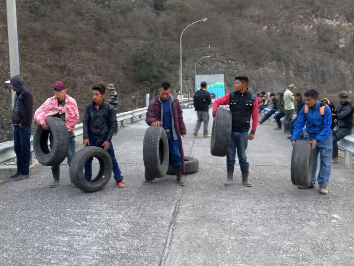 Pobladores amenazan con quemar bocatoma de hidroeléctrica Chixoy