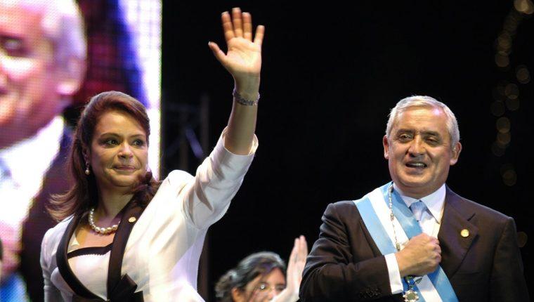 El 14 de enero de 2011 Pérez Molina y Baldetti juraron y prometieron combatir la corrupción y terminar con la violencia. (Foto: Hemeroteca PL)