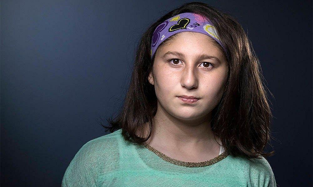 Myriam, la pequeña de 13 años cuenta la historia de cómo sobrevivió a la guerra de Siria. (AFP)
