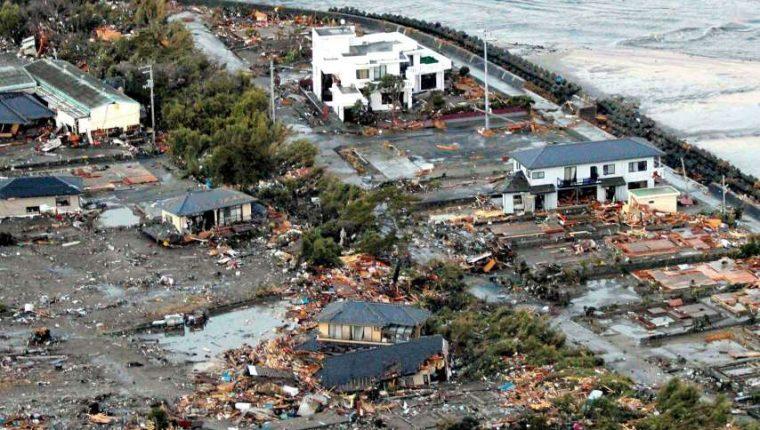 Muertos y desaparecidos tras el tsunami provocado por el terremoto de 8,8 grados en Iwaki, Japón en 2011. (Foto Prensa Libre: Hemeroteca PL)
