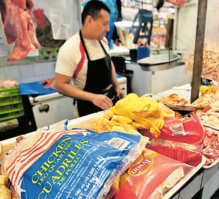 Empresa importadora de pollo evadió Q340 millones