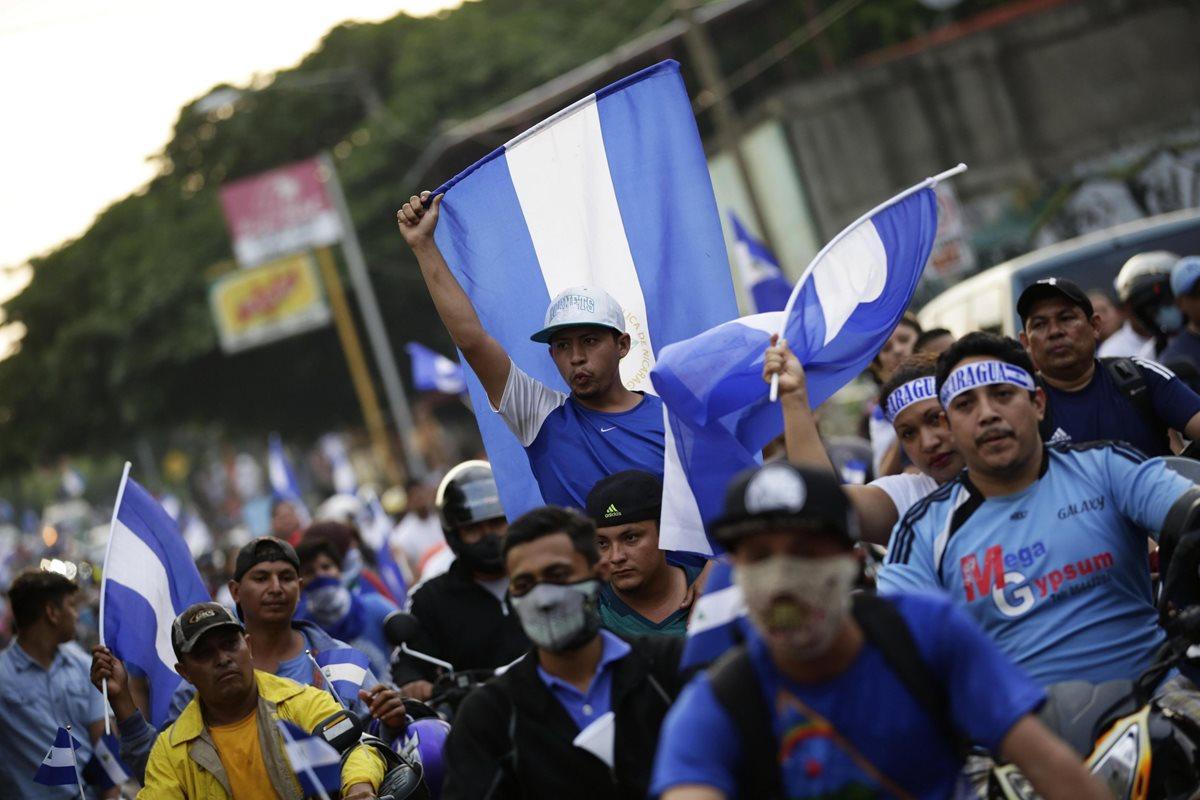 Nicaragua cumple 34 días de una crisis que ha dejado 76 muertos, según cifras de la Comisión Interamericana de Derechos Humanos. (Foto Prensa Libre: EFE)
