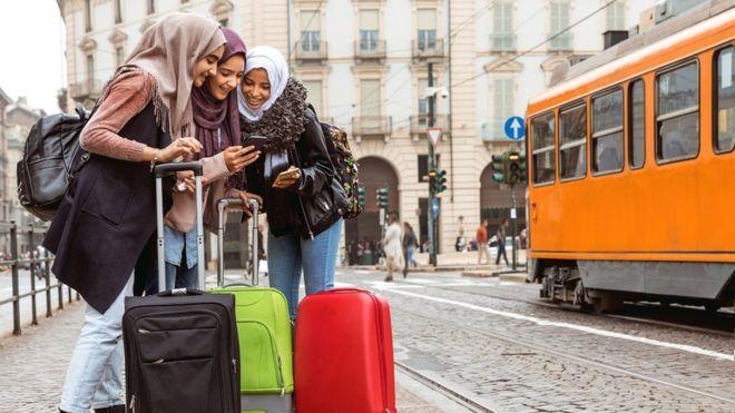 Vivir en el extranjero aumenta la confianza en uno mismo. (GETTY IMAGES)