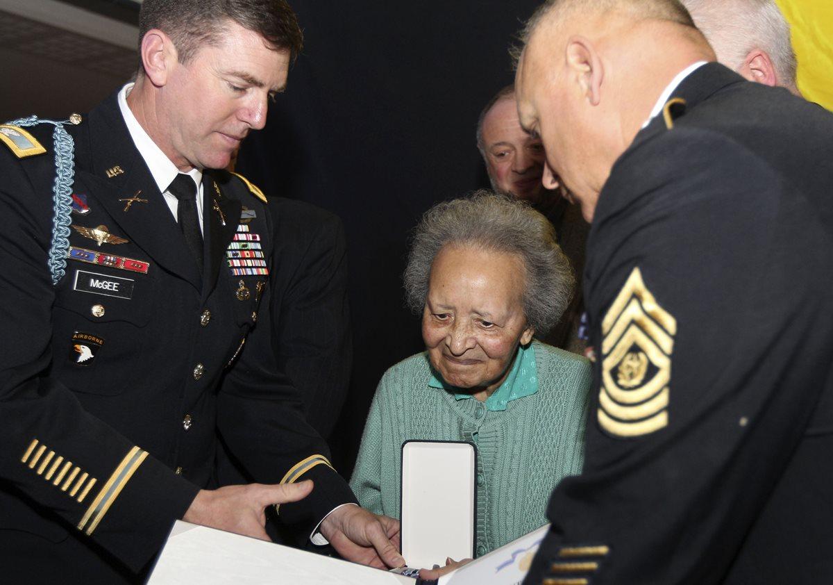 Fallece enfermera que salvó a cientos en II Guerra Mundial