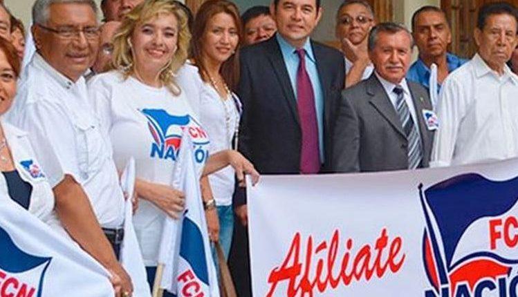 El partido oficial ha presentado varias acciones legales para evitar su cancelación por financiamiento electoral ilícito. (Foto Prensa Libre: Hemeroteca PL)