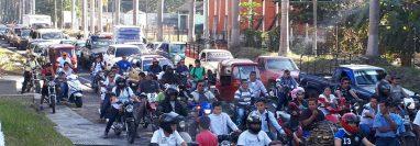 Marcha campesina perjudica movilidad de pobladores en la cabecera de Retalhuleu. (Foto Prensa Libre: Rolando Miranda).