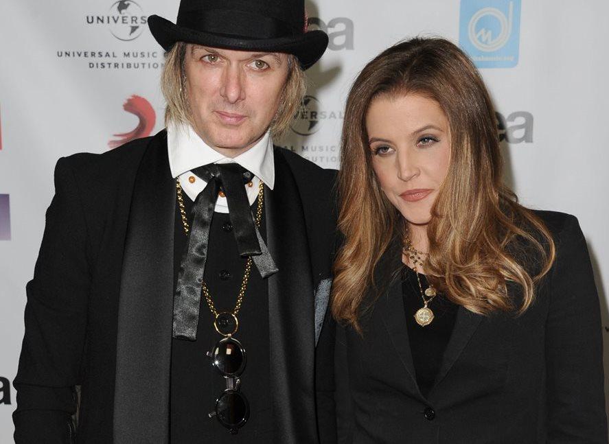 Lisa Marie Presley pide el divorcio aMichael Lockwood