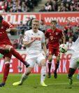 El español Javi Martinez anota el primer gol del Bayern Munich, en el duelo contra Colonia (Foto Prensa Libre: EFE)