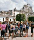 Según el Inguat, Antigua Guatemala fue el destino más visitado por turistas durante el descanso aplicando la nueva ley de corrimiento de asuetos. (Foto, Prensa Libre: Hemeroteca PL).