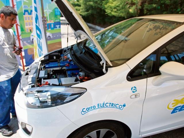 ¿Cuánto cuesta y dónde puedo comprar un vehículo eléctrico?
