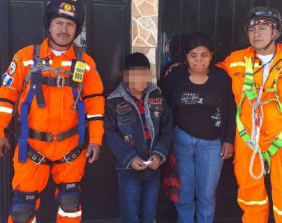 El niño apareció este domingo en casa de unos tíos, relató que huyó de su casa porque fue víctima de maltrato físico. (Foto Prensa Libre: María José Longo)