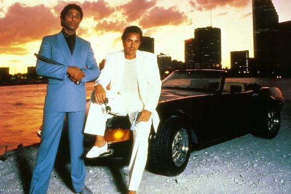 Philip Michael Thomas y Don Johnson fueron los actores principales de Miami Vice. (Foto Prensa Libre: ARCHIVO)