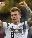 Así fue la majestuosa celebración de Toni Kroos después del gol que significó la victoria de Alemania contra Suecia. (Foto Prensa Libre: AFP)
