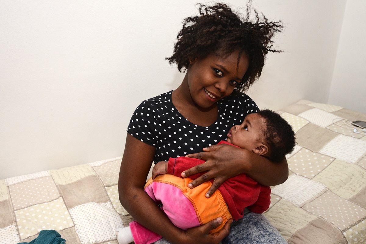 """La pequeña """"princesa de los migrantes"""", un símbolo de esperanza"""