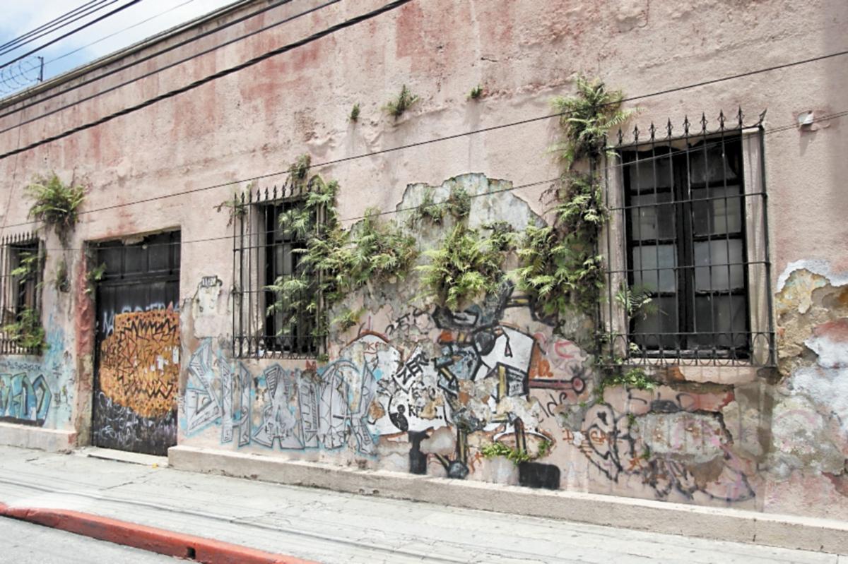 Los muros heridos del Centro Histórico