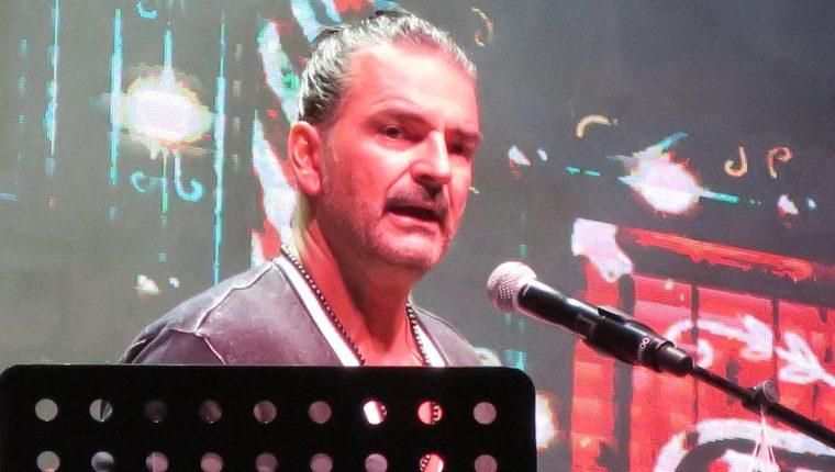 Ricardo Arjona se mantiene activo con el desarrollo de la gira Circo Soledad, que le llevó a República Dominicana (Foto Prensa Libre: EFE).