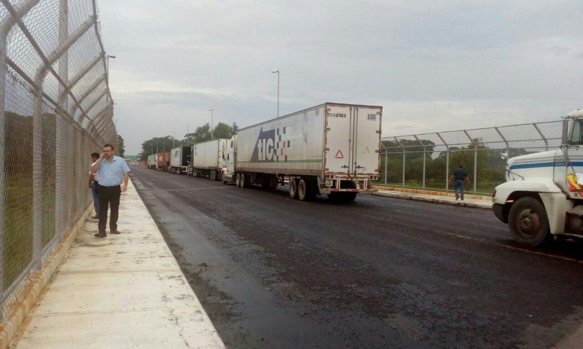 Varios puentes dañados por sismo paralizan transporte