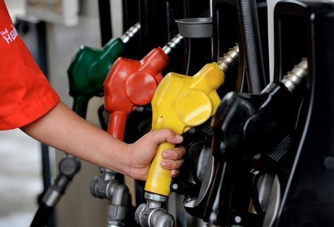 La baja de precios ha estimulado el consumo y según el Ministerio de Energía y Minas, este ha tenido un comportamiento de entre 85 y 12% más. (Foto Prensa Libre: Archivo).