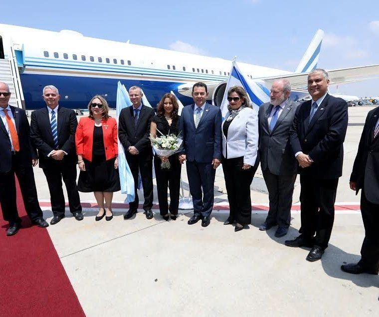 El avión es propiedad de la empresa Interface Operations LL, pertenece a Sheldon Adelson, financista de Donald Trump. (Foto Prensa Libre: Hemeroteca PL)
