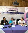Conferencia de prensa en la que Fundación Sobrevivientes informa respecto del caso de la muerte de Gabriela Barrios. (Foto Prensa Libre: Óscar García).