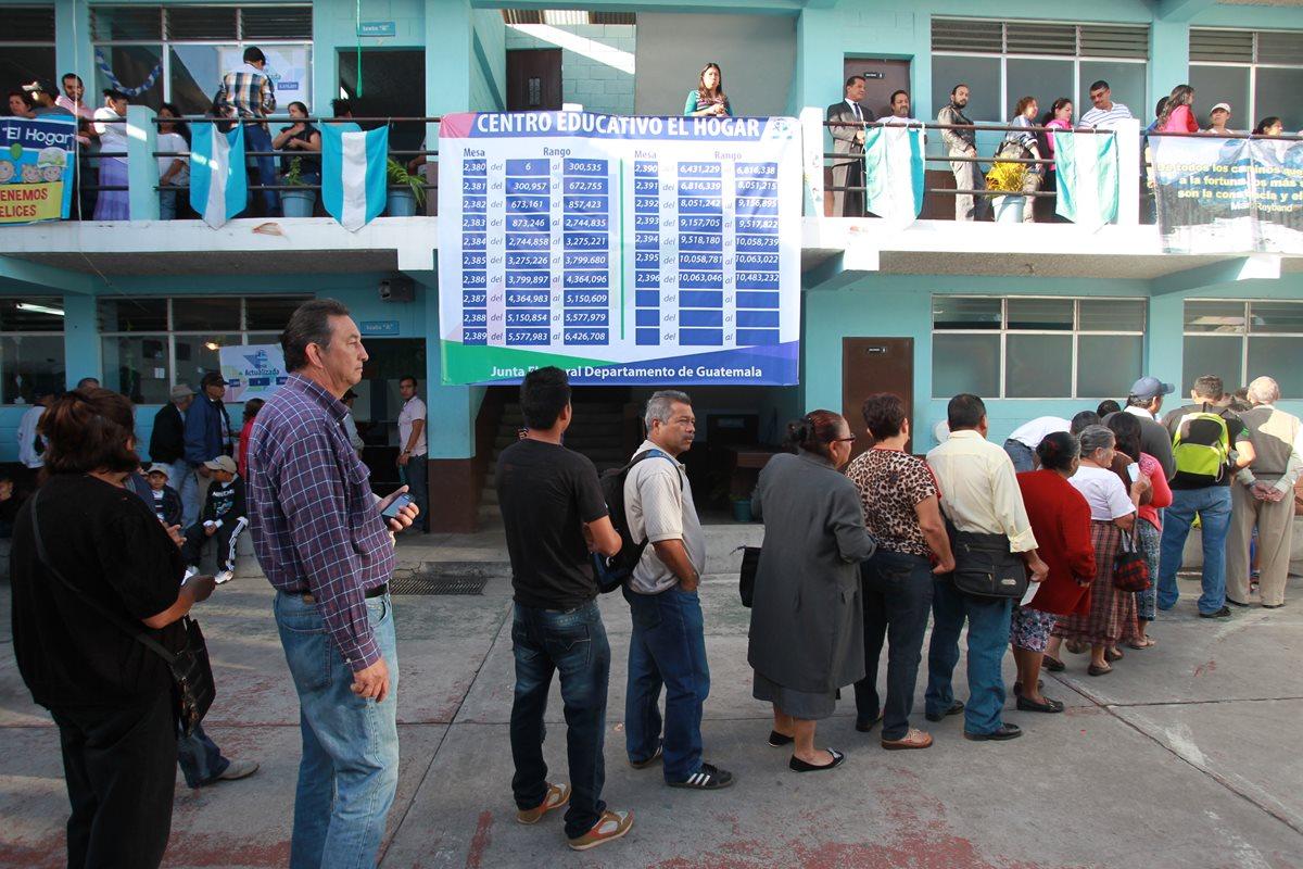 Guatemaltecos acuden a votar en la segunda vuelta de elecciones. (Foto Prensa Libre: Hemeroteca PL)