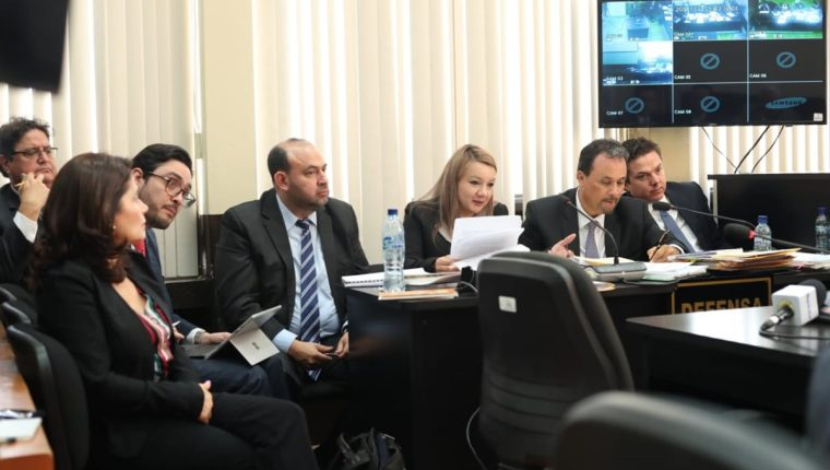 La audiencia se realizó en el Juzgado de Mayor Riesgo D, a cargo de la jueza Erika Aifán. (Foto Prensa Libre: Esbin García)