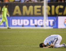 Messi estalló en llanto al perder la final frente a Chile. (Foto Prensa Libre: AP)