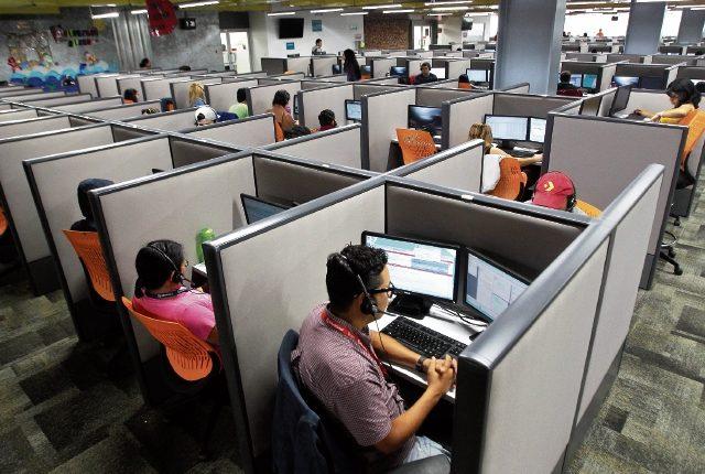 Los call center o centros de llamadas, unidos con los BPO generan 42 mil puestos de trabajo, según dirigentes del sector. (Foto Prensa Libre: Hemeroteca)