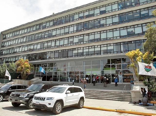 Nueve candidatos buscan llegar a la  Municipalidad de Guatemala. (Foto Prensa Libre: Hemeroteca PL)