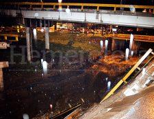 Vista del puente de Villalobos destruido el 10 de junio de 2000. (Foto: Hemeroteca PL)