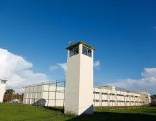 """Vista de la prisión """"Complejo Médico Penal"""" en el municipio de Pinhais, en la ciudad sureña de Curitiba, Brasil. (Foto Prensa Libre:AFP)."""