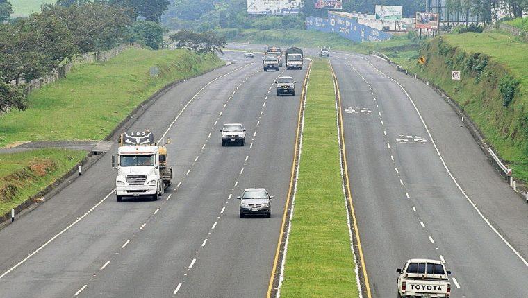 La infraestructura vial debe ser prioridad del nuevo gobierno para dinamizar la economía. (Foto Prensa Libre: Hemeroteca PL)