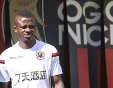 Jean Michael Seri en el entrenamiento de este lunes con el Niza en el estadio Allianz Riviera. (Foto Prensa Libre: AFP)