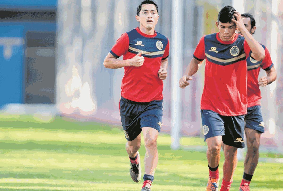 John Méndez fue suspendido 12 meses por la Anado, luego que su prueba de dopaje diera positivo. (Foto Prensa Libre: Hemeroteca PL)