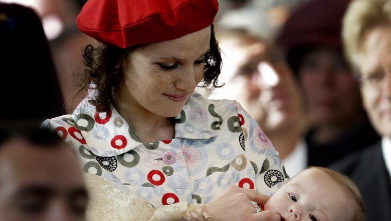 La hermana de la reina Máxima de Holanda, Inés Zorreguieta, durante el bautizo de la princesa Ariana en La Haya, Holanda.(Foto Prensa Libre:EFE).