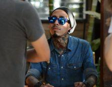 """Tool Castellanos, nacido en Guatemala, reside en Suecia desde hace algunos años. El año pasado lanzó su primer álbum, titulado """"Desahogo"""". (Foto Prensa Libre: Iván Quiñónez)."""