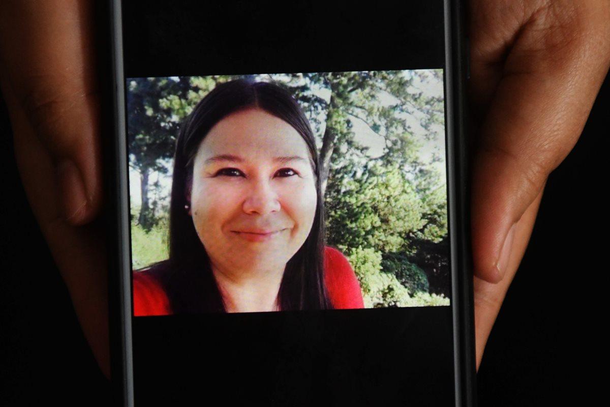 Karla Lisseth Turcios, de 33 años, fue encontrada muerta, en Santa Rosa Guachipilin, a 100 km al noroeste de San Salvador. (Foto Prensa Libre:AFP).