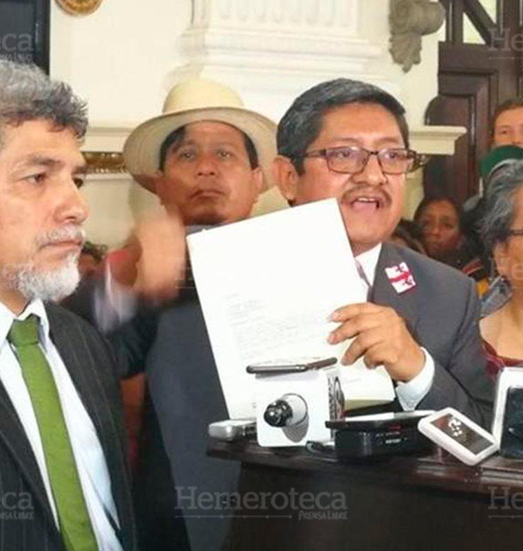 Juracán fue electo por el partido Convergencia, pero ahora busca su reelección con Winaq. (Foto: Hemeroteca PL)