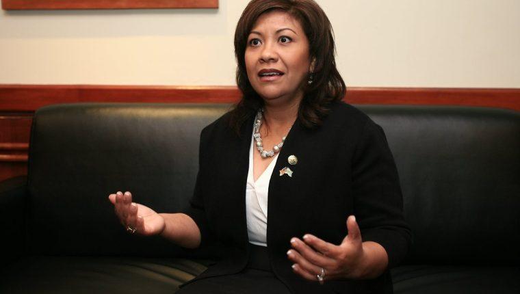 La guatemalteca Norma Torres, elegida a la asamblea estatal por el estado de California, E.E.U.U., representa a aproximadamente medio millón de vecinos en su distrito.  (Foto Prensa Libre: Hugo Navarro)
