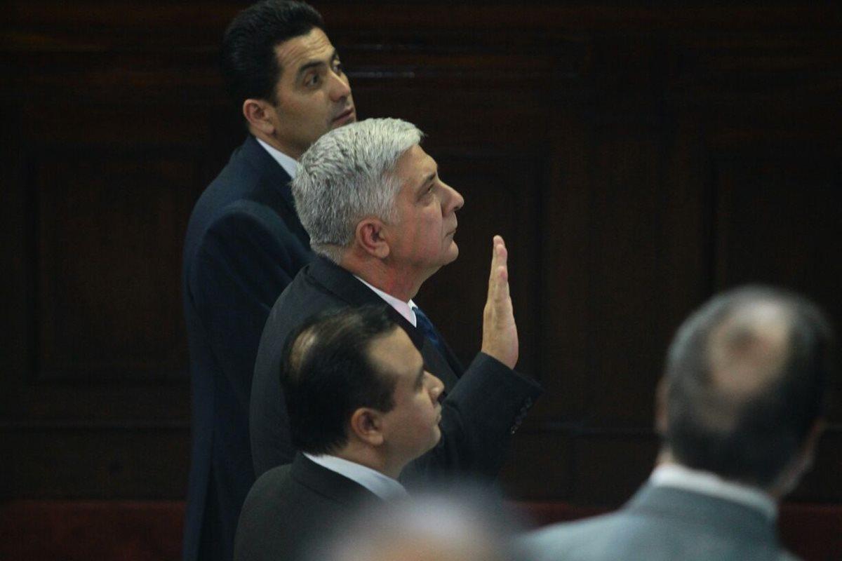 Melgar Padilla reconoce que asesoró a Jimmy Morales