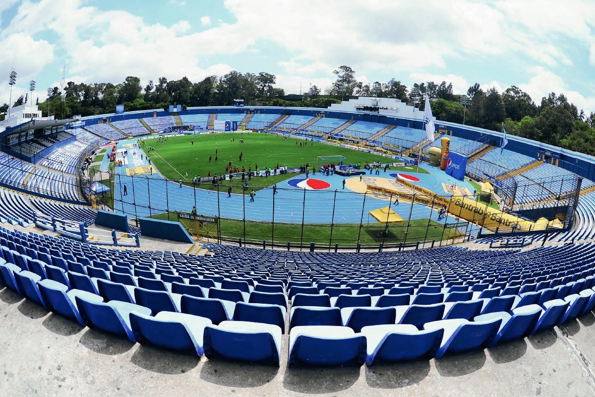 La capacidad autorizada del estadio era de 12 mil 519 personas. (Foto Prensa Libre: FRANCISCO SÁNCHEZ)