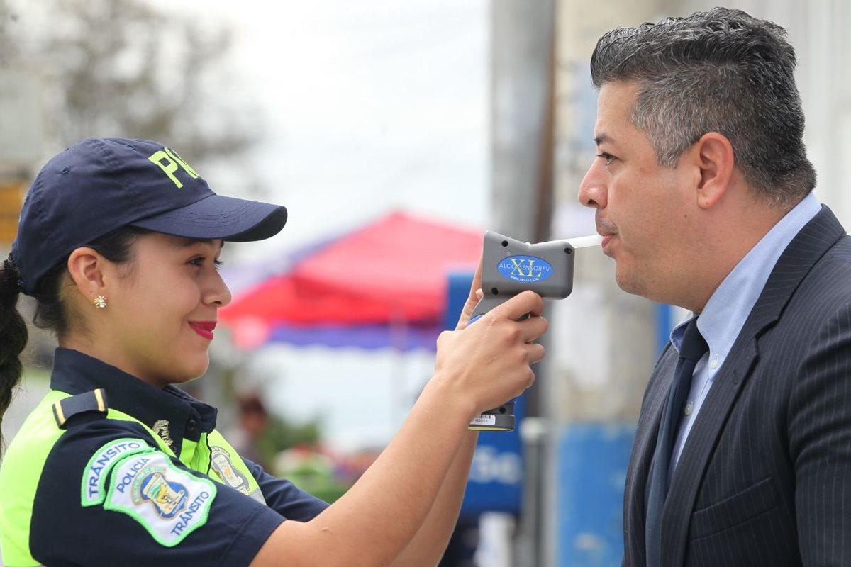Mixco endurece sanciones para pilotos que conducen en estado de ebriedad